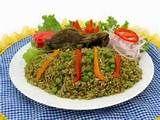 010 - El arroz con pato, es un potaje emblematico en la cocina criolla peruana, especialmente en la costa norte