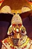 22 - TACAYNAMO. Fue el mítico fundador y primer gobernante del Reino Chimú habría venido de Paita o Tumbes, implantó un Estado despótico, militarista y de gobierno hereditario.
