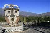 18 - IMAIMANA, EL INTELIGENTE. Hijo del dios Viracocha, es el encargado de darle el nombre a las plantas y enseñar sus propiedades en el antiguo Perú. Pone énfasis en las características nutricionales, medicinales y afrodisíacas.